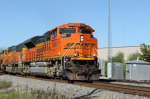 BNSF 9260 approaches Green Rd. and the CP diamond