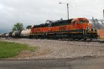BNSF switching the yard