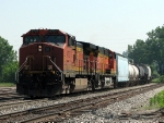 BNSF power leading Q335-24