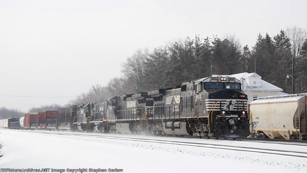NS 9852