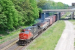 CN A422 passes CN Hamilton