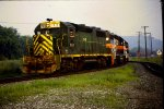 DH 7410 leads freight train south out of Mechanicville Yard