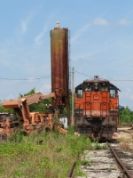 HRT 454 under the rusting sand tower.