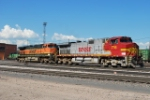 BNSF 716 & BNSF Leaving The Ready Track