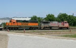 BNSF 555 with the transfer to Norris