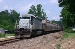 CEFX 3109 leading the CSX local back south