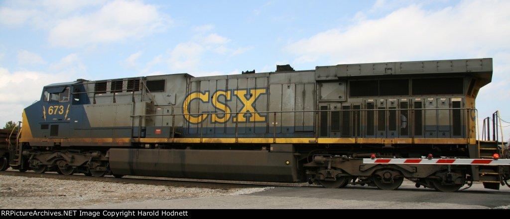CSX 673 rolls across Bridges Street