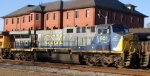 CSX 601 heads northbound on train Q400-08