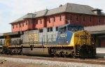 CSX 622 leads a northbound train