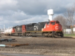 CN 490 switching the yard