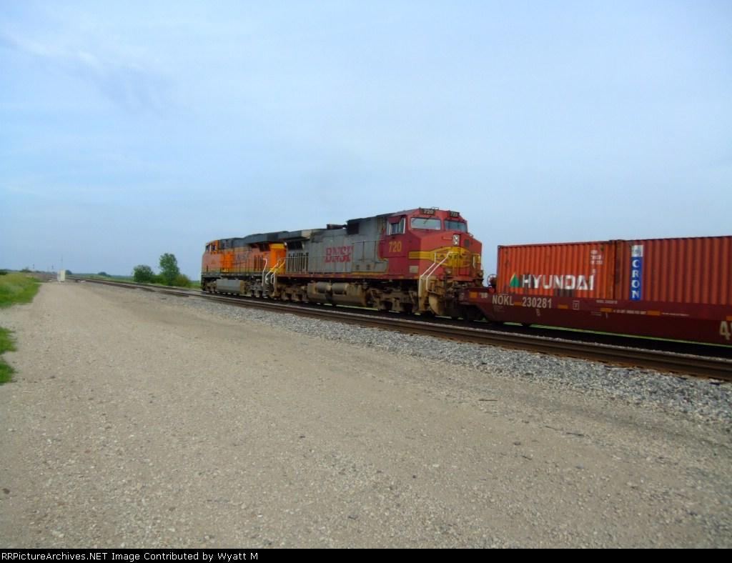 BNSF 720
