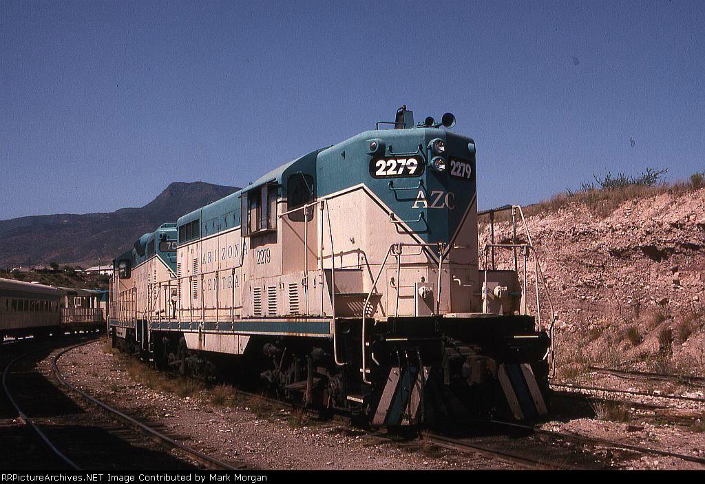 AZCR GP7 2279