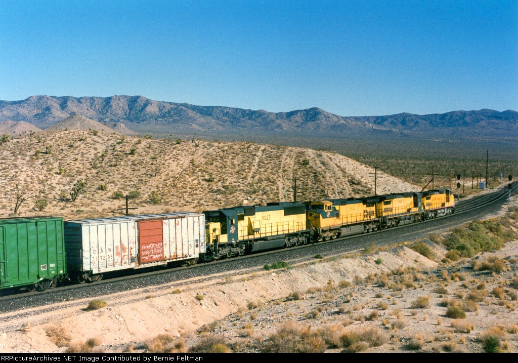 Union Pacific C40-8W #9371 (with C&NW C41-8 #8545, C44-9W #8632 & SD60 #8023) on Cima Hill, in full dynamic braking