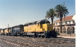 Union Pacific SD40-2 #3371 passes the depot with an eastbound