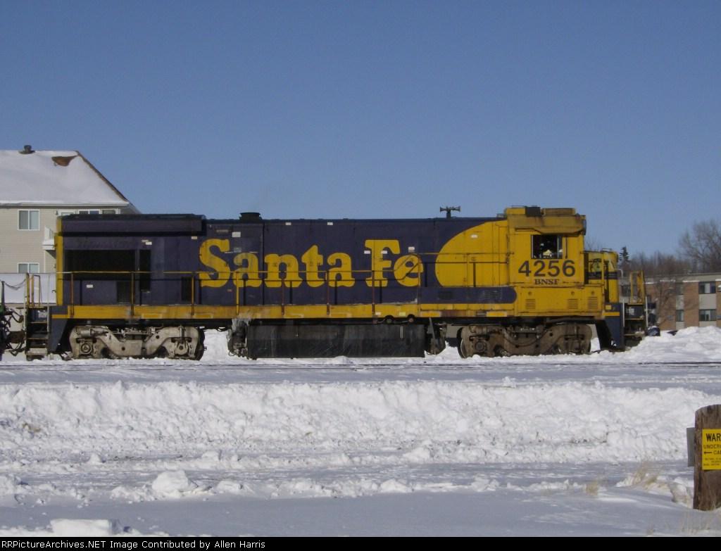 BNSF 4256