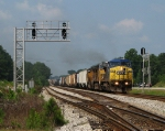 CSX Q612 accelerating past the Fairburn ramp after waiting for Q143 to clear