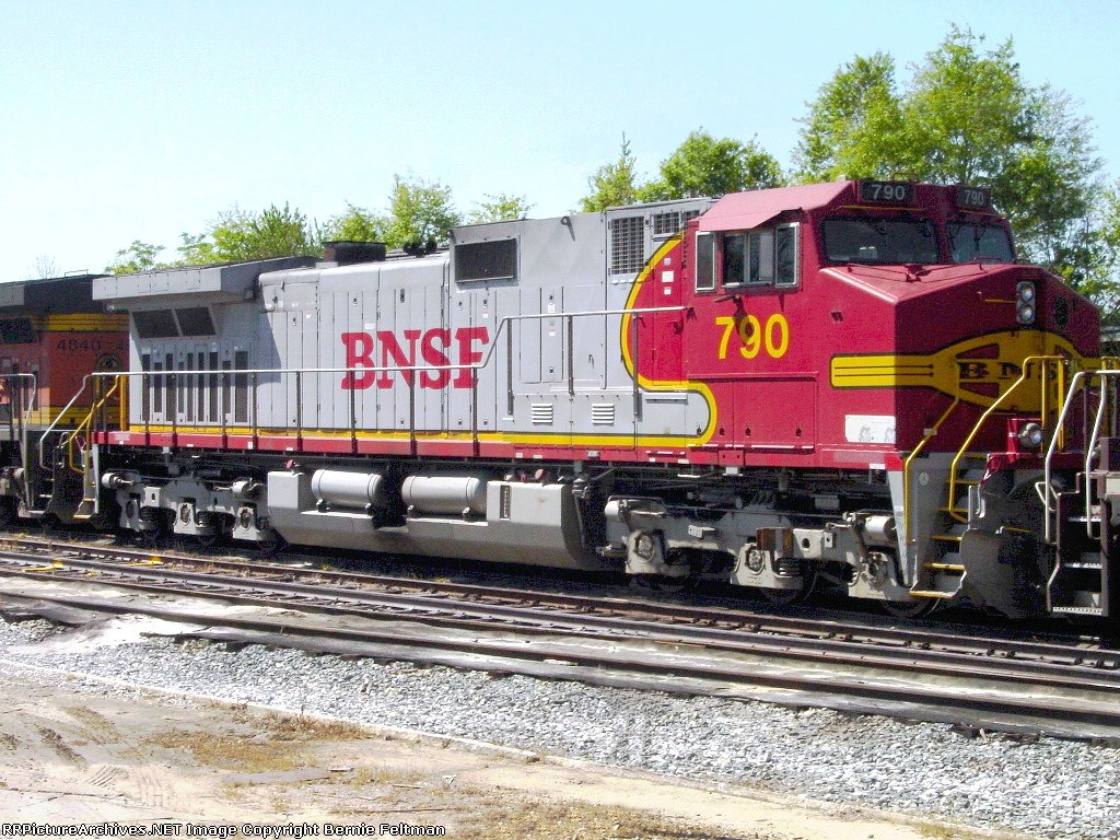 BNSF 790 (C44-9W) parked in front of the CSX yard office