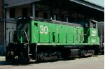 Burlington Northern SW1500 #30 switching a downtown customer