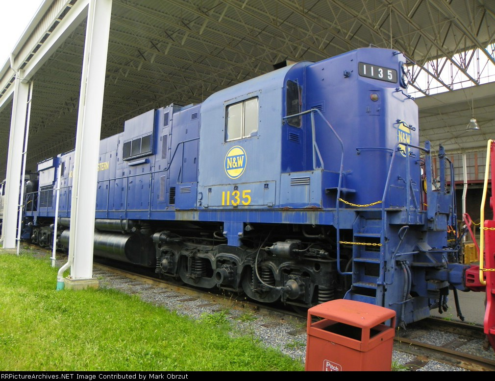 Norfolk and Western 1135