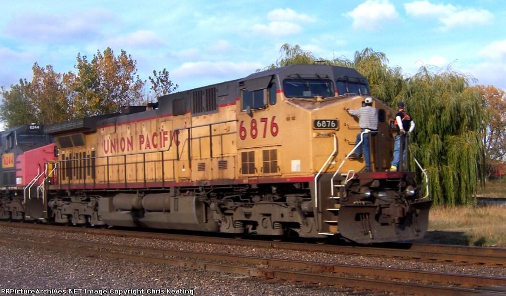 UP 6876