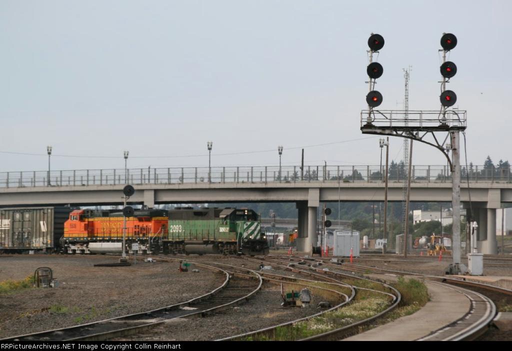 BNSF 2093