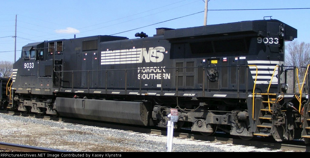 NS 9033
