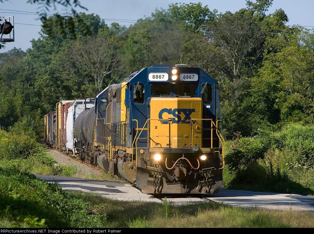 CSX 8867 on the Stoney Creek Branch
