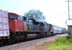 CN 8814 DPU on Train 342