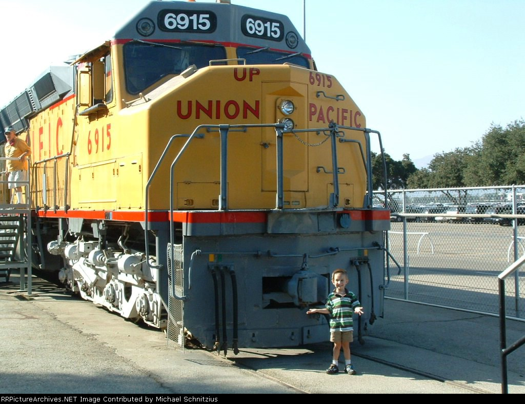 James and the Giant Locomotive II