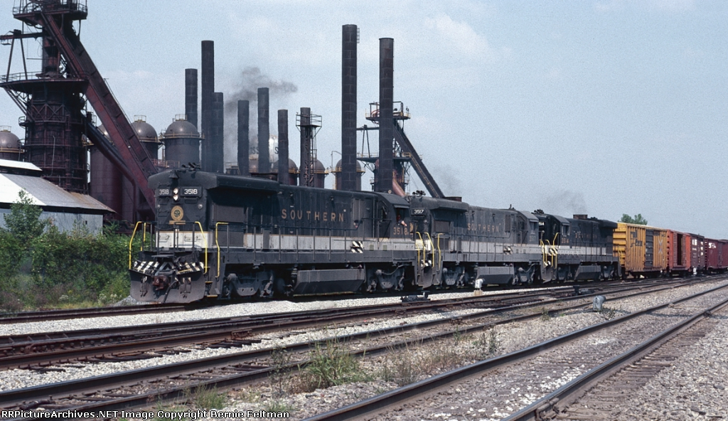 Southern Railway B30-7's #3518, 3517 & 3514 lead a Sheffield bound train around the curve at Sloss Furnace from the AGS onto the NA Subdivision