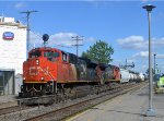 CN 8946 and 2500 at Dorval