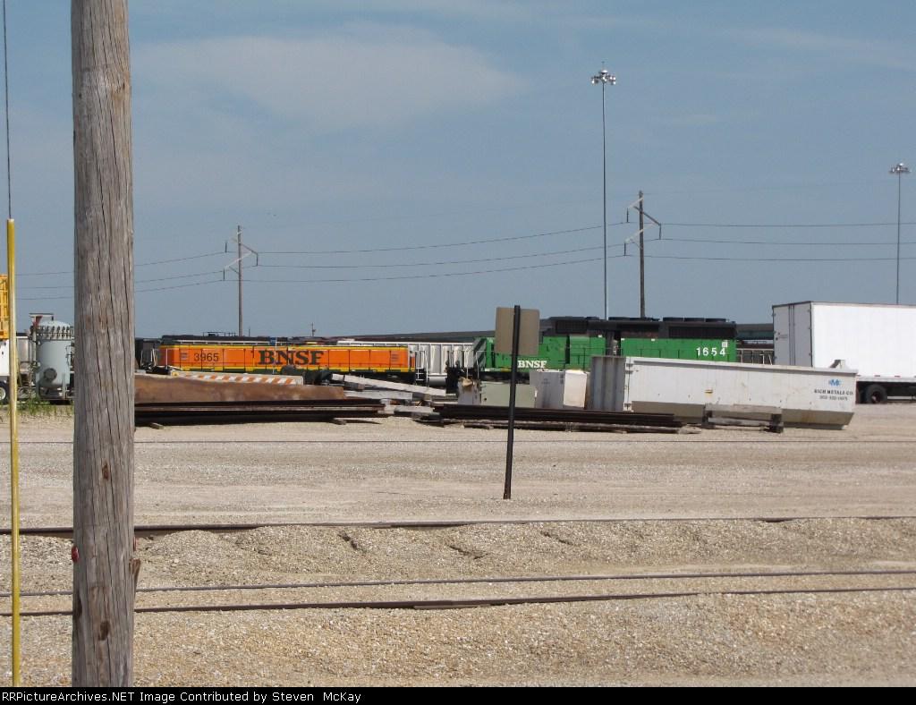 BNSF 3965