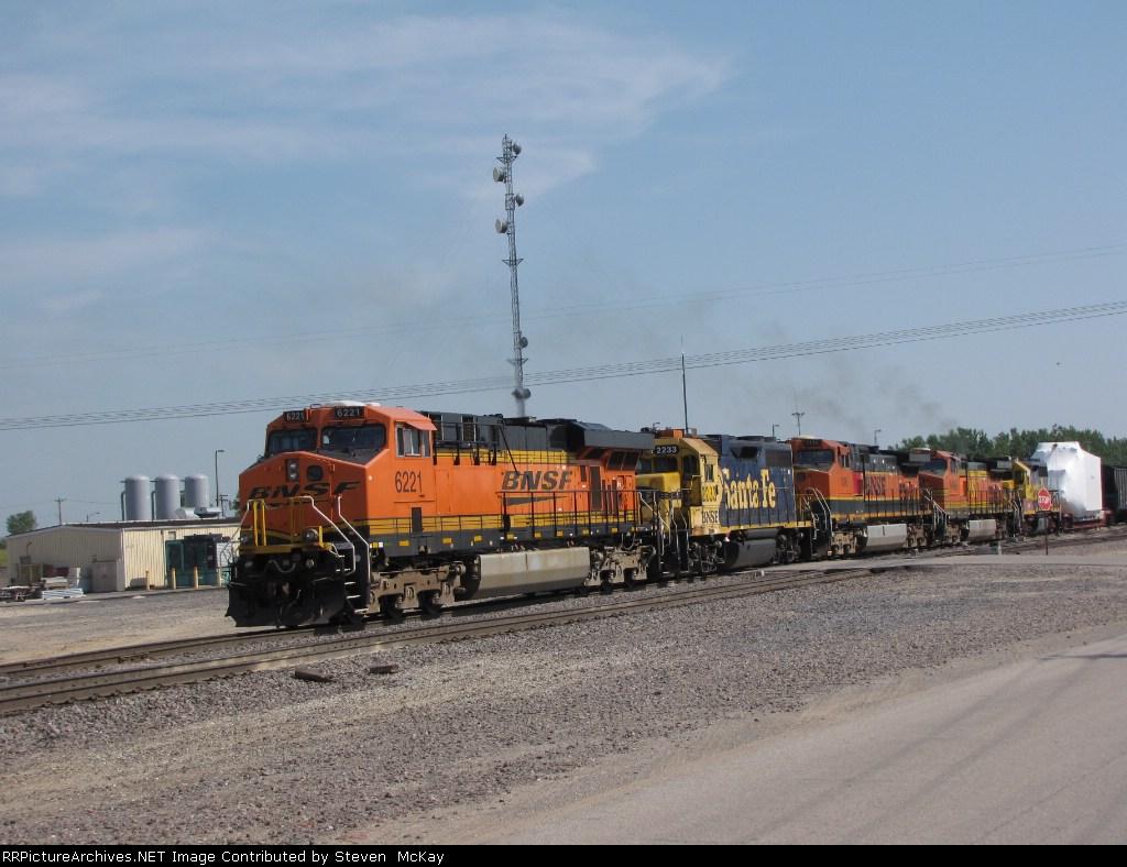 BNSF 6221