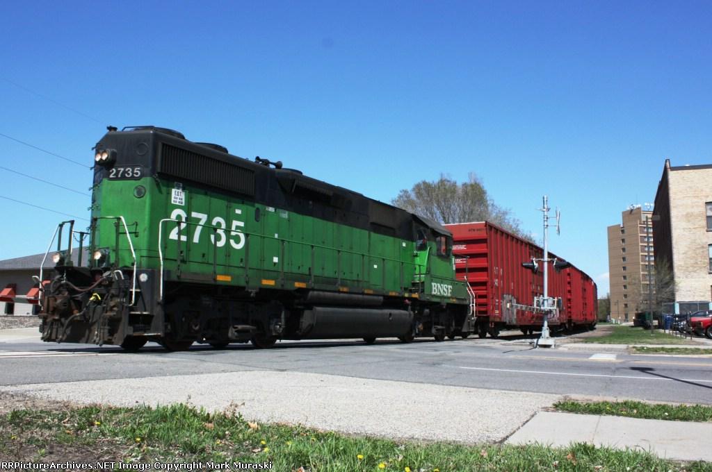 BNSF 2735