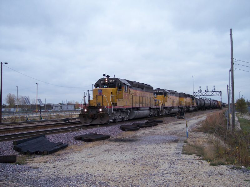 Last train of the day....with more SD40's