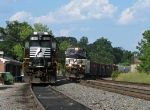NS 153 departing after crew change