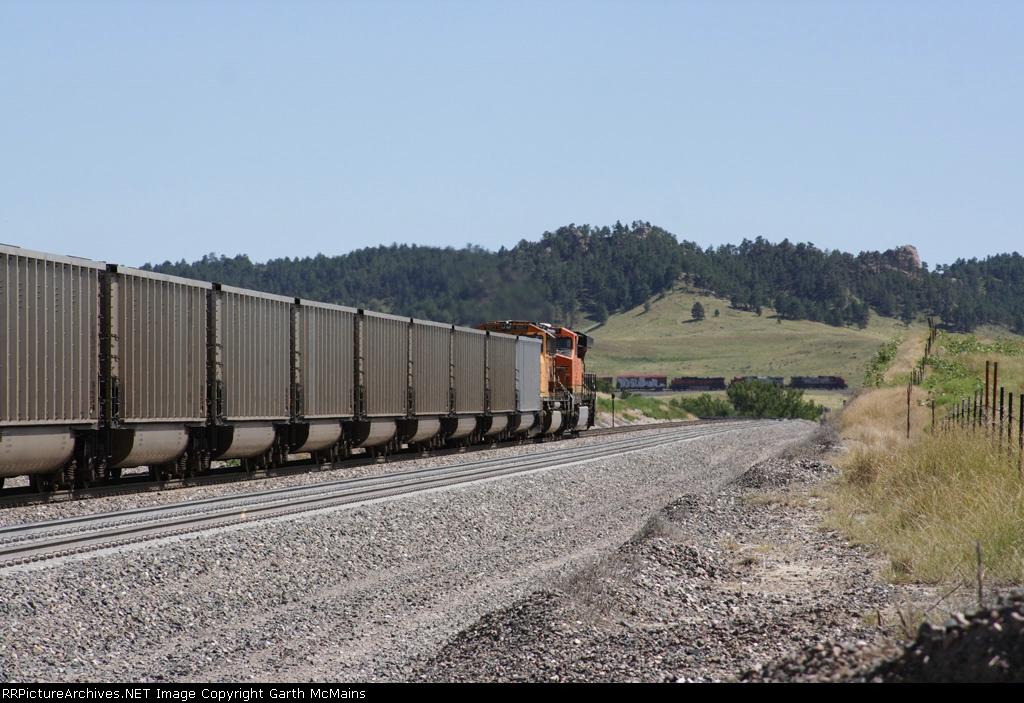 BNSF 5937 West DPUs