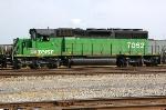 BNSF 7062 at 32nd St.