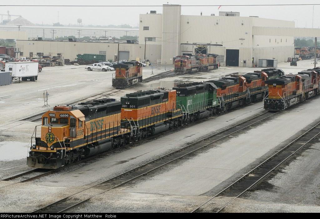 BNSF Galesburg Locomotive Facilities