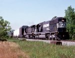 Norfolk Southern SD60 #6626 and C36-7 #8531 lead train #143