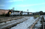 Louisville & Nashville SD40 #1227 with a northbound empty hopper train