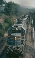 Louisville & Nashville SD40-2 #8069, leading an ELFX hopper train from Florida back to the coal mine,