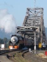 SP4449 Crossing Columbia River