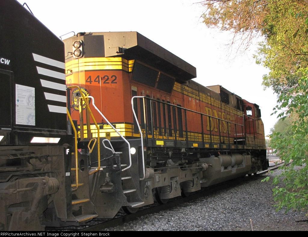 BNSF 4422