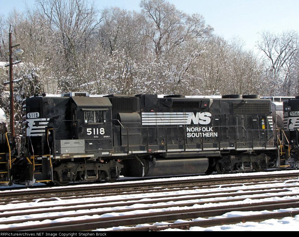 NS 5118 (GP38-2)