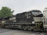 NS 9743, pusher unit on the V92 grain train