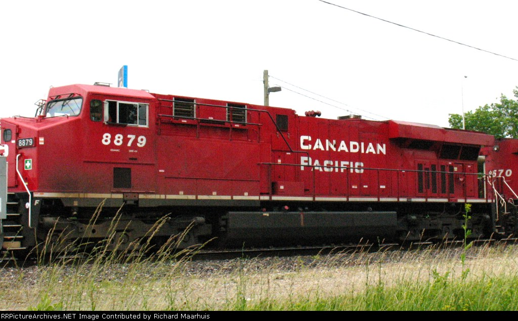 CP 8879