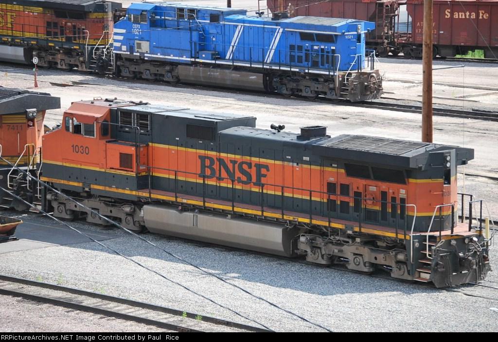 BNSF 1030