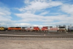 BNSF 9385, BNSF 707 & BNSF 619 Heads South With Freight