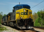 CSX 483 thunders by the foot of Ninth Street
